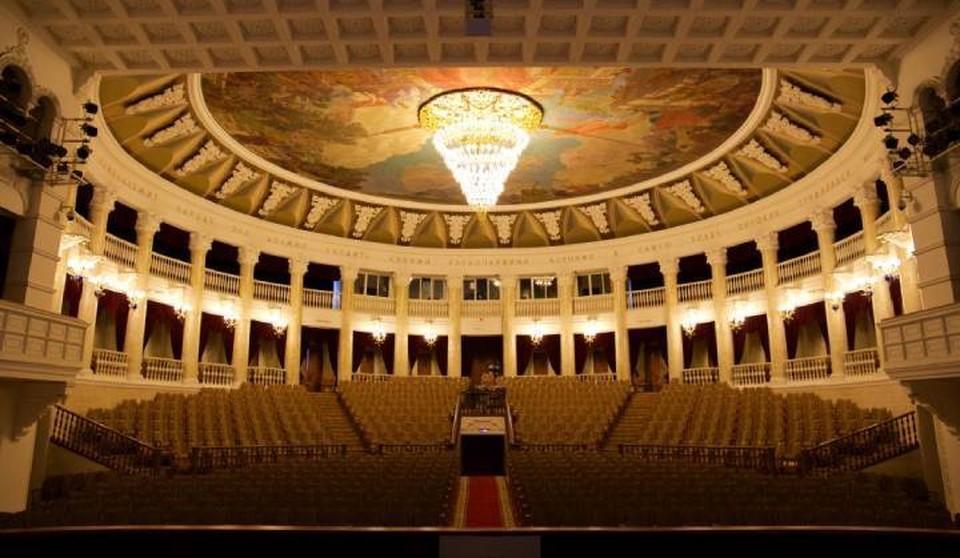 Вечер памяти ко Дню Победы освистали зрители Театра оперы и балета в Улан-Удэ. Фото: с сайта Бурятского театра оперы и балета.