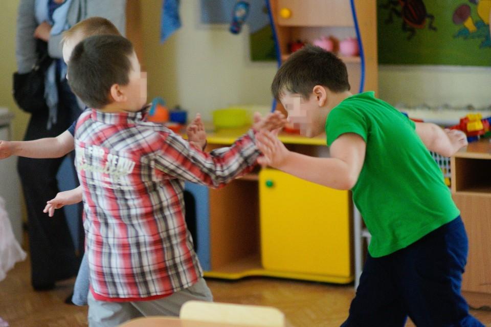 Дети часто приходили из детсада с синяками, но в последнее время травмы стали более серьезными