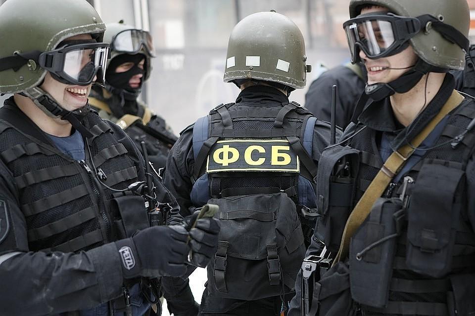 ФСБ пресекла работу частной клиники, делавшей поддельные справки для въезда иностранцев в Россию