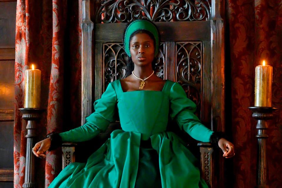 Джоди Тернер-Смит в роли Анны Болейн.