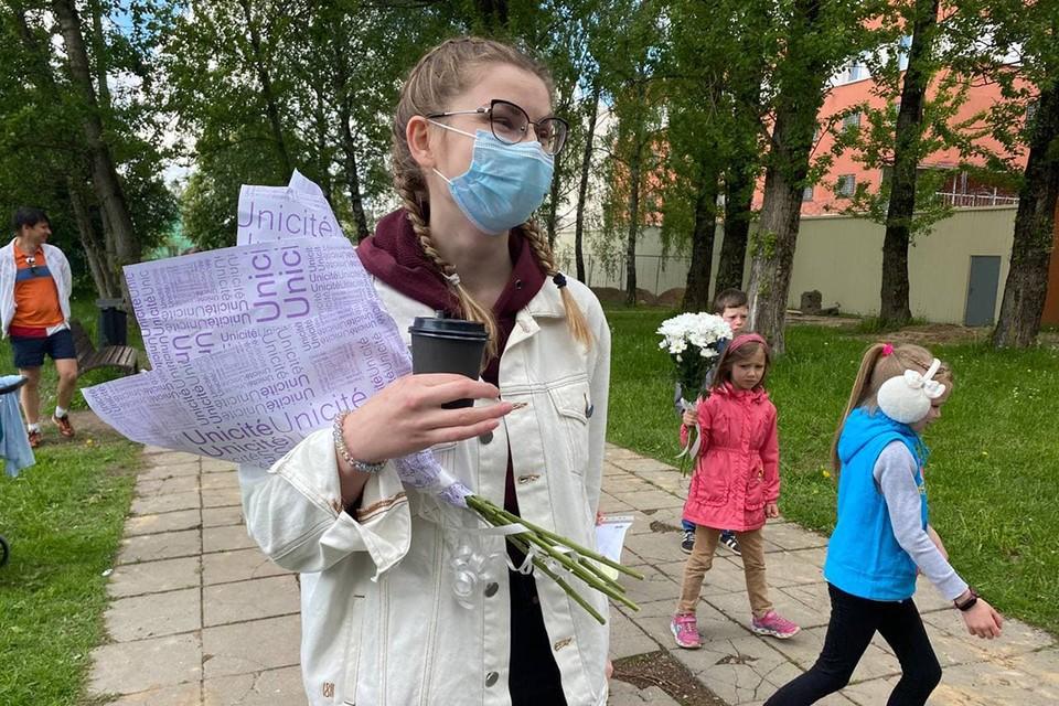 29 мая из изолятора на Окрестина на свободу вышла журналистка портала tut.by Любовь Касперович.
