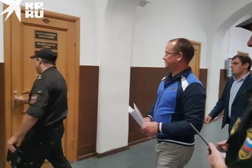 """А казалось, что все неприятности для Карабасова начались только вчера. """"Архив """"КП""""-Рязань""""."""