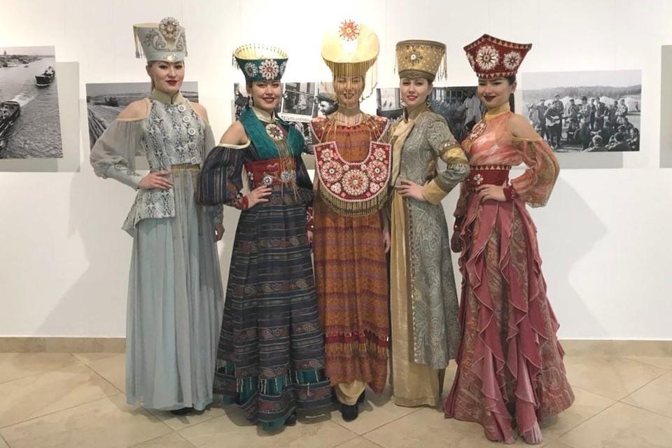 Общую экспозицию сибирских городов откроют культурной программой. Фото предоставлено Хакасским народным театром моды «Алтыр».