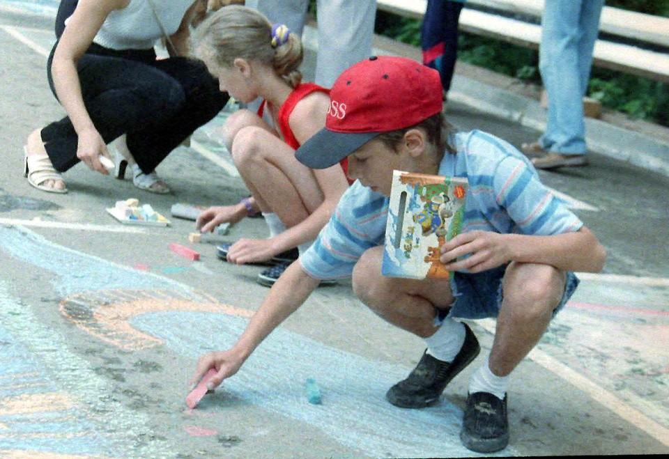 Юных туляков приглашают нарисовать на асфальте правила дорожного движения