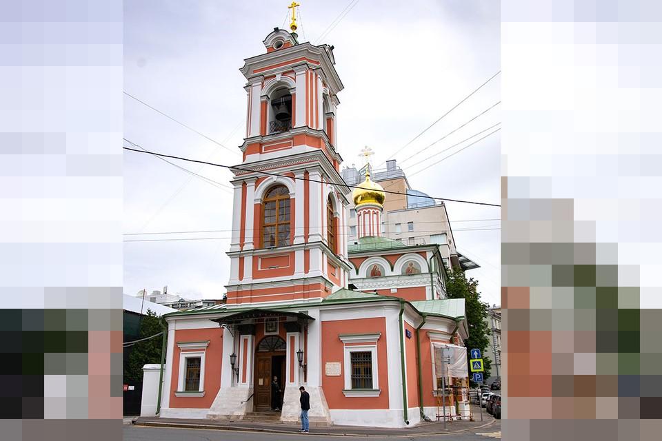 Церковь Воскресения Словущего считается образцом небольшого посадского храма XVII века.