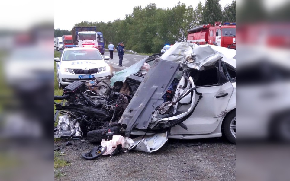 Водитель погиб на месте. Фото: поисково-спасательная служба Челябинской области