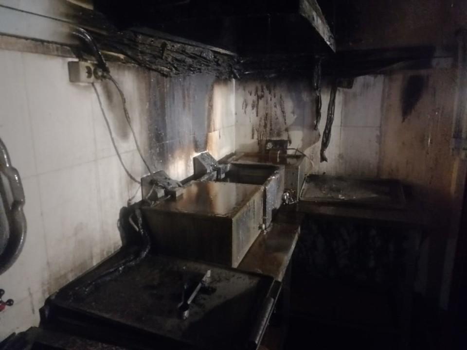 Пекарня в торговом центре загорелась в Братске