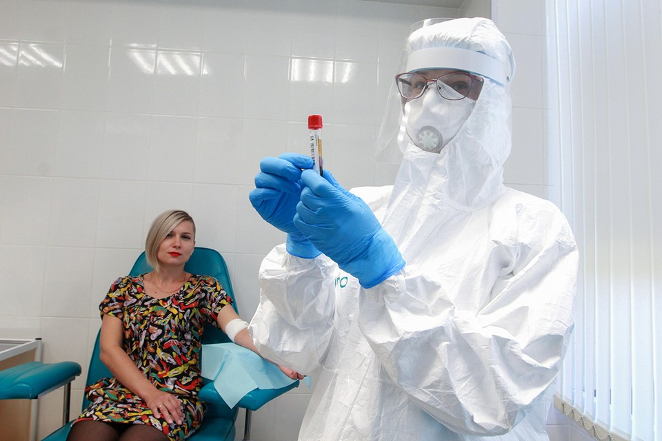 Продолжаем отвечать на самые частые народные вопросы о последствиях COVID-19 и вакцинации от коронавируса.