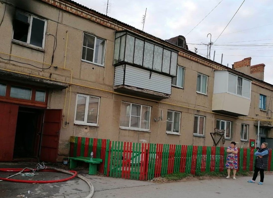 Пожар возник на втором этаже. Фото: ГУ МЧС по Челябинской области