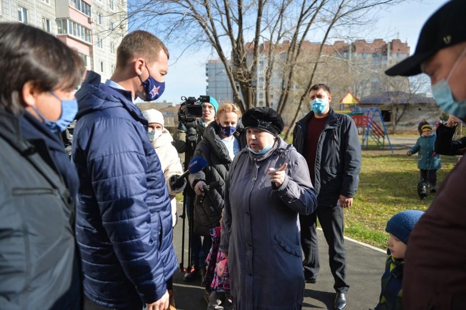 Одним из первых Михаил Дегтярев отдал голос за реконструкцию площади Серышева в Хабаровске.