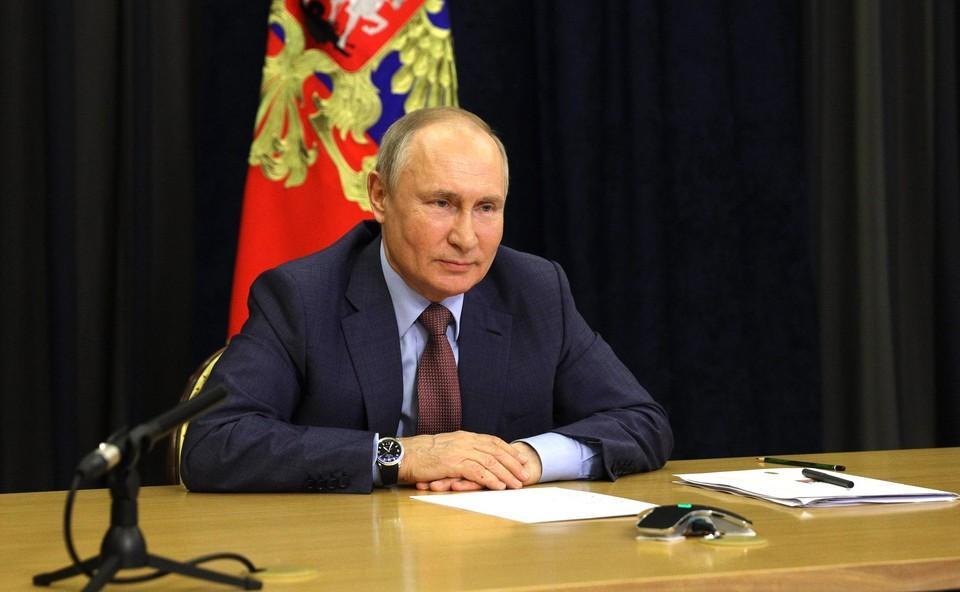 Владимир Путин считает, что омоложение партии - важный шаг