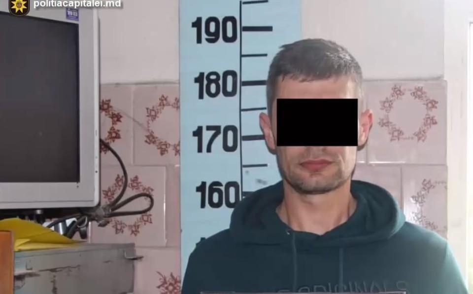 Хулигану грозит до семи лет лишения свободы (Фото: столичная полиция).