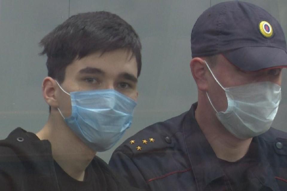 Сейчас молодой человек сидит в одиночной камере и дожидается психолого-психиатрической экспертизы, которую должны провести в Москве.