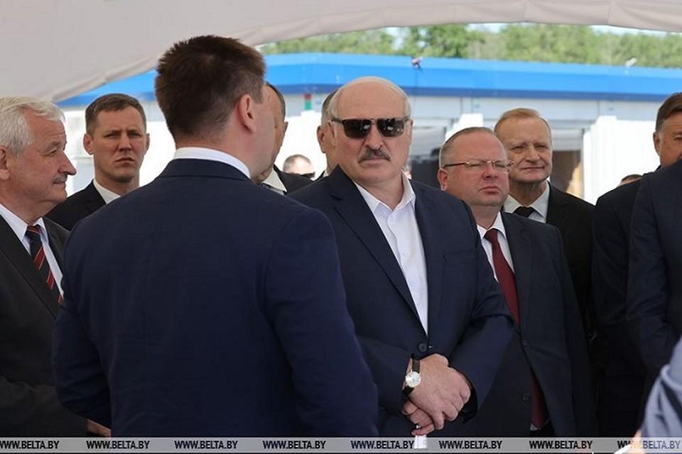 """Лукашенко раскритиковал руководство """"Гранита"""" за то, что """"спихивают проблемы наверх"""". Фото: БелТА."""