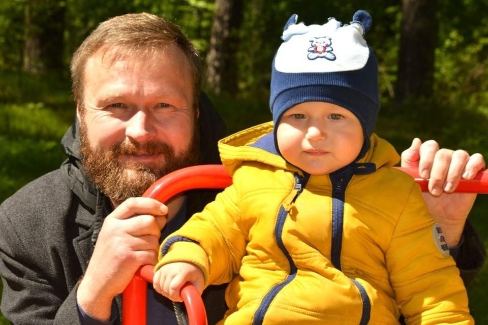 Луке - младшему сыну Василия Маланухина три с половиной года. Фото: личный архив.