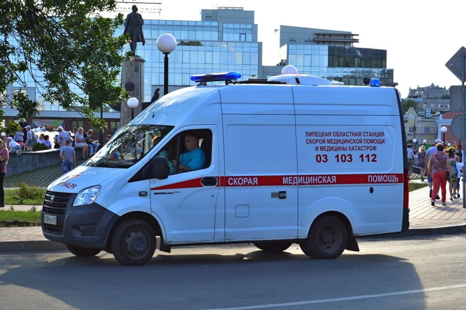 Мобильные пункты вакцинации от коронавируса работают в Липецке
