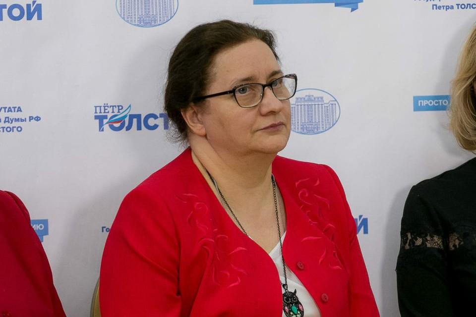 Координатор объединения Ирина Галкина поддержала заявление парламентария о том, что все дети, вне зависимости от достатка их семей, имеют право на качественный и здоровый летний отдых. Фото: Александр ЧИКИН.