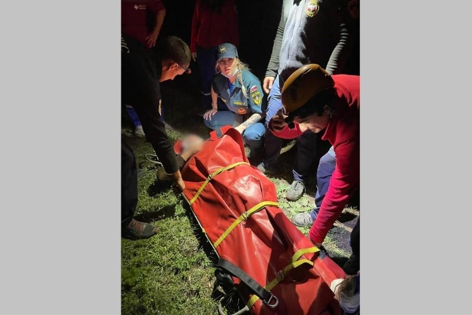 Пострадавшему оказали необходимую помощь. Фото: пресс-служба ГУ МЧС России по Республике Крым