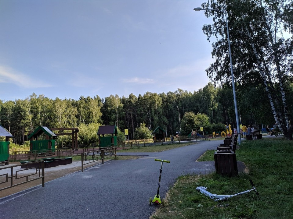 Тюменцам предлагают обсудить правила передвижения на самокатах в парках.