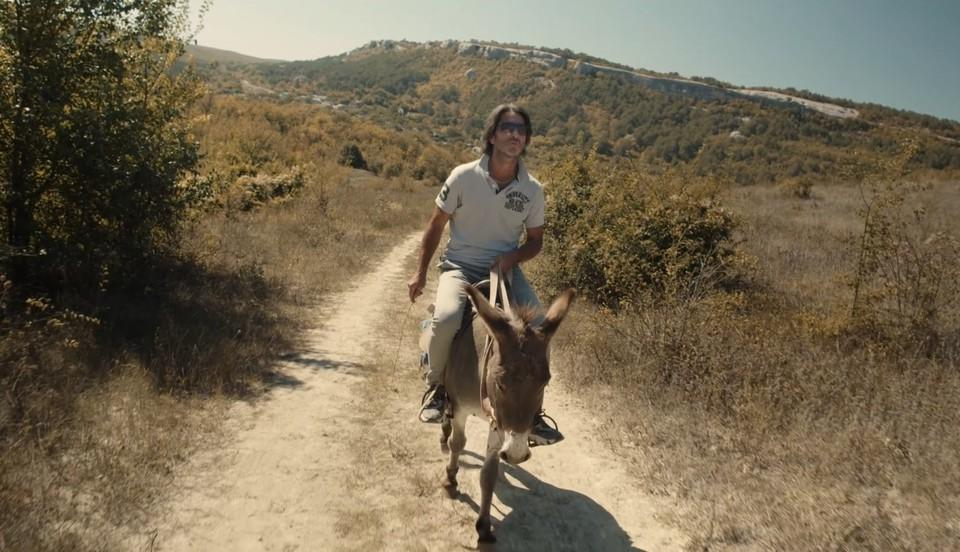 Для Роберто роль в фильме «КРЫМ: terra incognita» стала первой в жизни