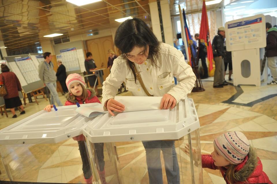 По словам секретаря КРО «Единой России» и спикера крымского парламента Владимира Константинова, в общей сложности за кандидатов отдали голоса более 300 тысяч избирателей.