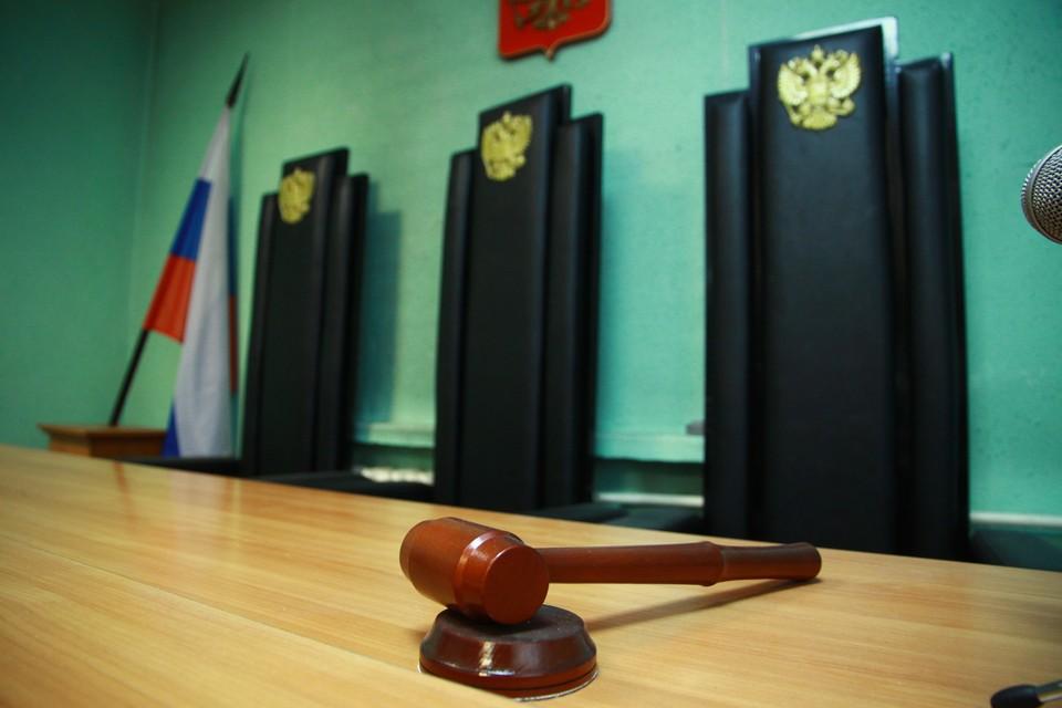 На 50 тысяч рублей оштрафовали пенсионера за торговлю самогоном в Иркутской области