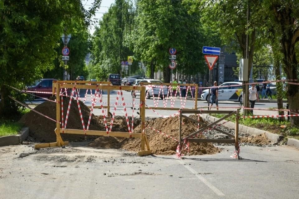 Подрядчик должен исправить все недочеты по благоустройству в течение недели. Фото: admkirov.ru