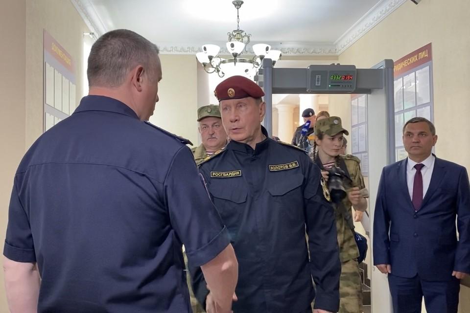 Виктор Золотов оценил работу реставраторов.