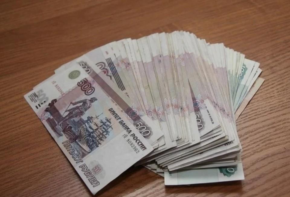 Деньги полагались за покровительство и попустительство при контроле за исполнением госконтракта
