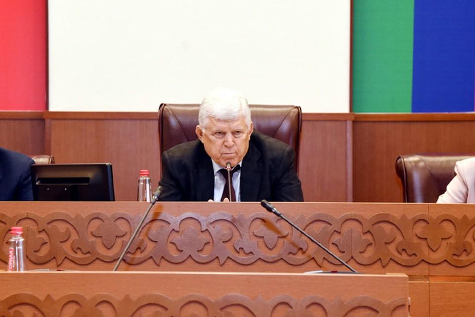 Хизри Шихсаидов. Фото: пресс-служба Народного собрания Дагестана