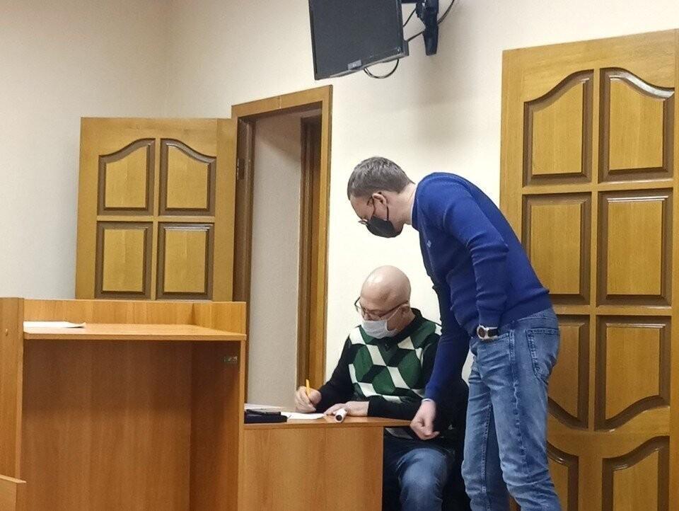 Вячеслав Хомских уверяет, что заинтересован в объективном расследовании и не намерен скрываться