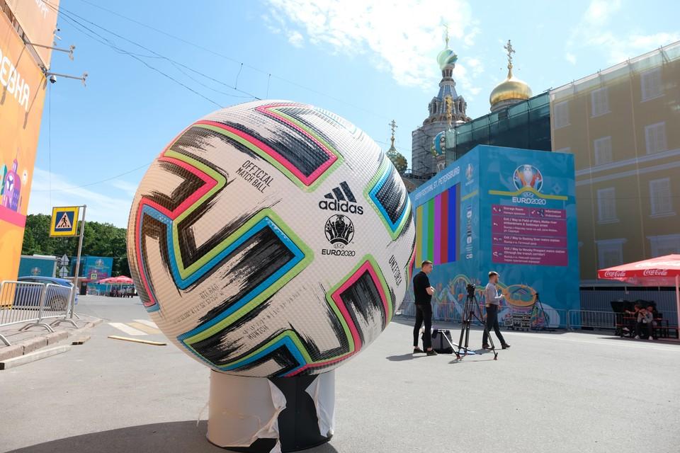 Следить за безопасностью во время ЕВРО-2020 в Петербурге будут в том числе ЧОПовцы.