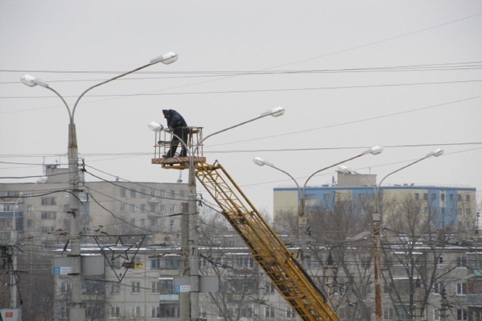 В Ростове заменят 38 тысяч уличных фонарей