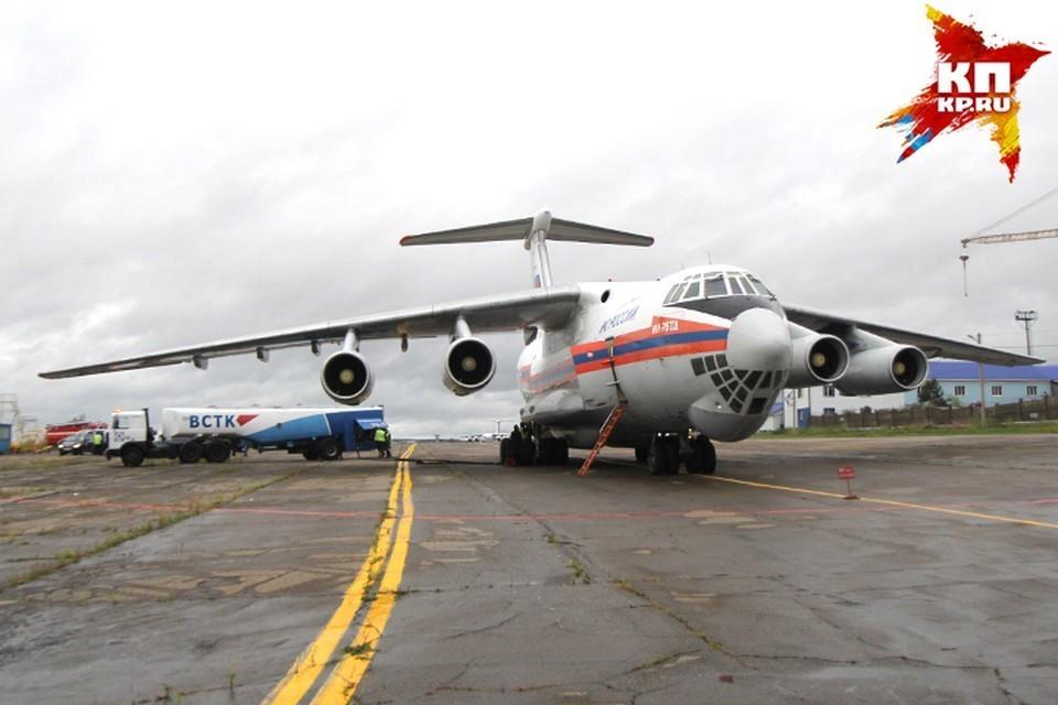 Спецборты МЧС доставили в Москву эвакуированных из сектора Газа россиян