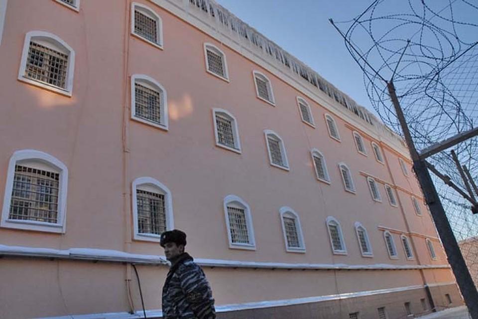 Двое студентов техникума из Тульской области арестованы за сбыт наркотиков