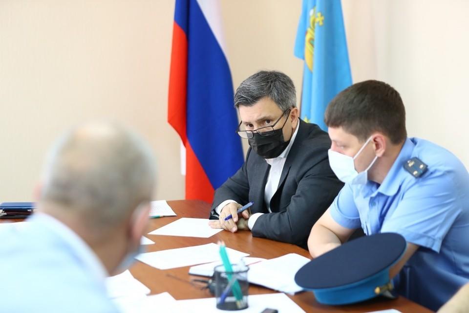 Председатель регионального правительства обсудил с астраханцами насущные проблемы