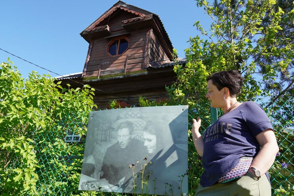 Елена Наумова объяснила, как уговорила людей повесить портреты предков на заборы.