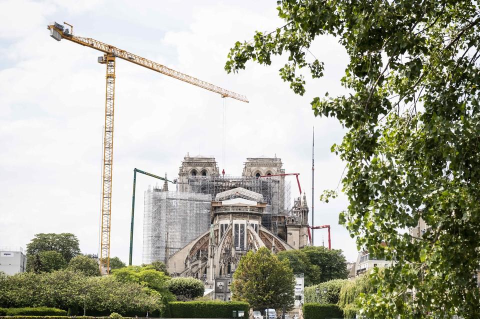 Парижская епархия объявила о сборе дополнительных средств на восстановление здания.
