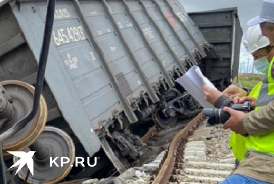 Два вагона с углем сошли с рельсов на терминале навалочных грузов ОТЭКО в Тамани