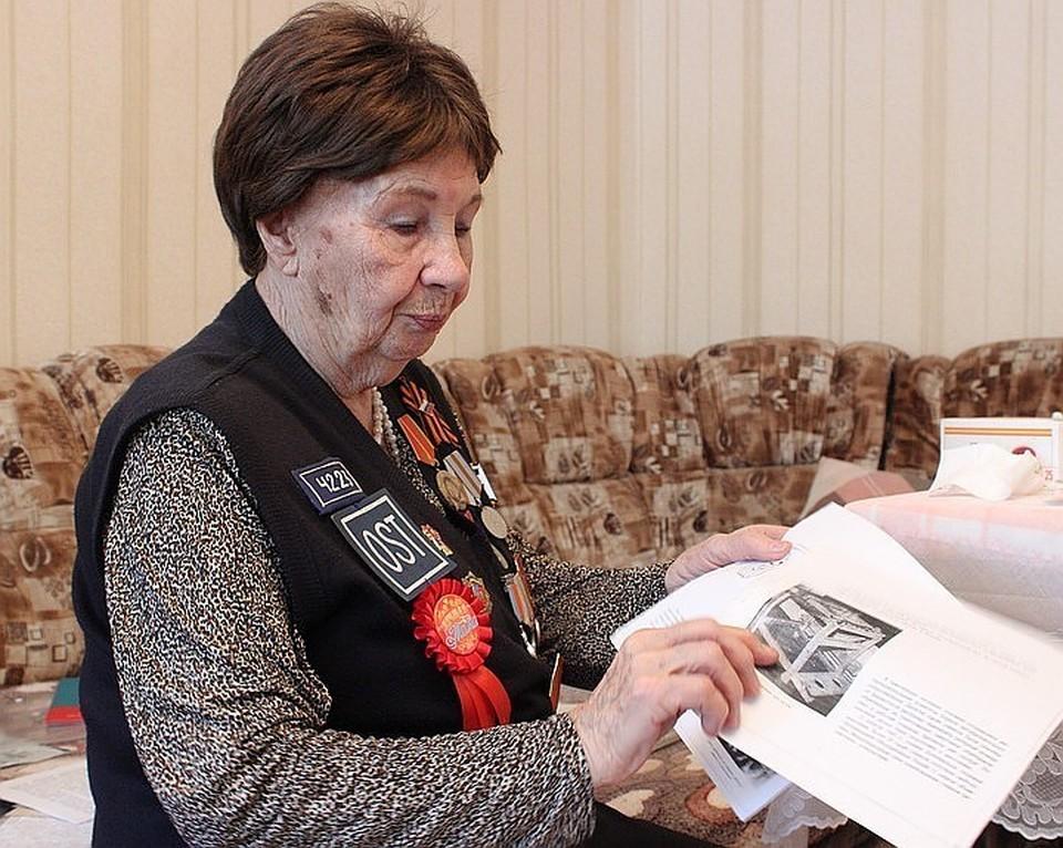 Клавдия Ивановна поделилась тяжелыми воспоминаниями военных дней. Фото: КАКАСЬЕВА Александра.
