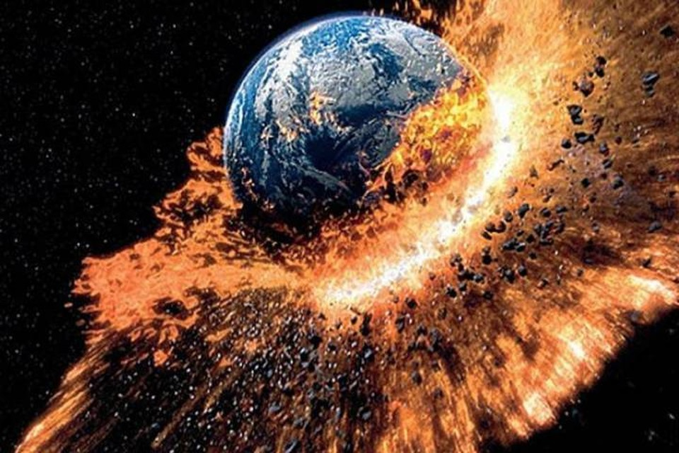 Пусть лучше уж Земля в кино погибнет, чем на самом деле.