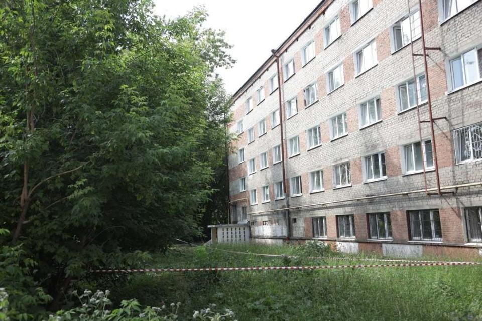 Тело мальчика нашли возле общежития на бульваре Гагарина