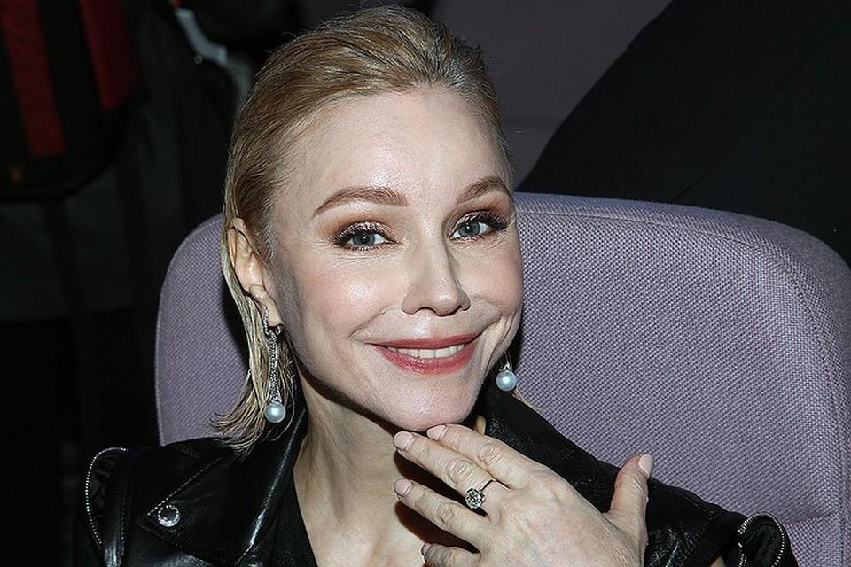 Вдова Олега Табакова рассказала, как начался ее роман со знаменитым режиссером.