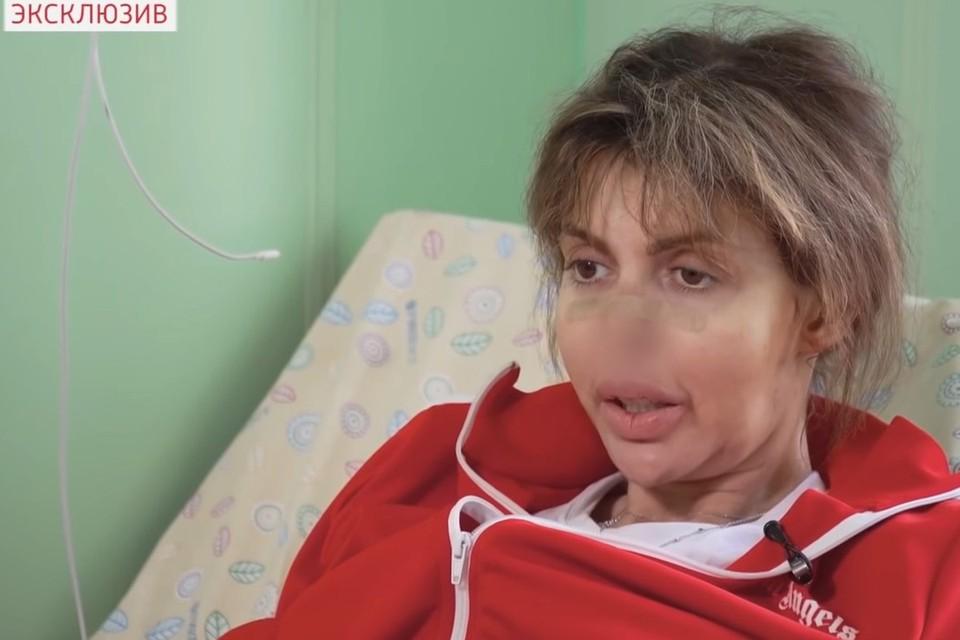"""Алиса Казьмина в передаче """"Прямой эфир""""."""
