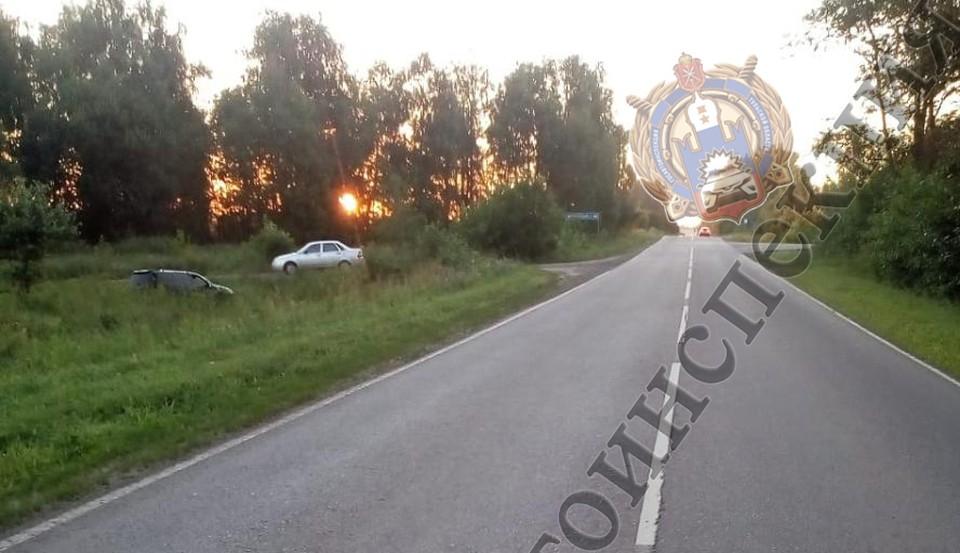 В Тульской области перевернулась легковушка: есть пострадавшие