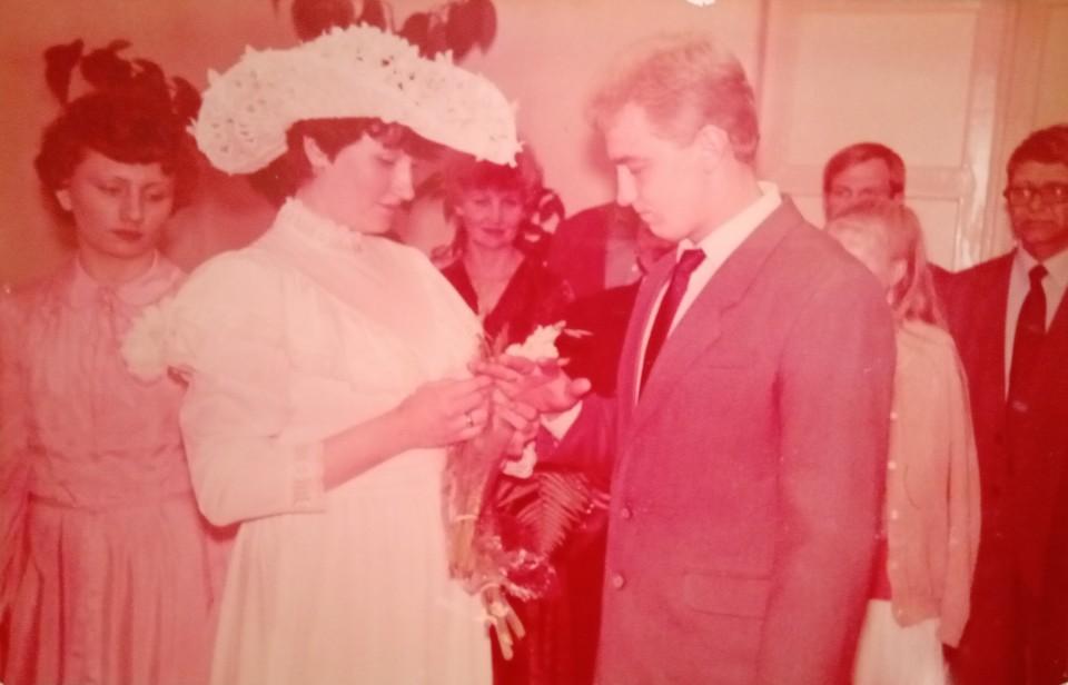 27 сентября 2021 года Юрий и Регина Ануфриевы из Воркуты отметят Коралловую свадьбу. Фото: личный архив.