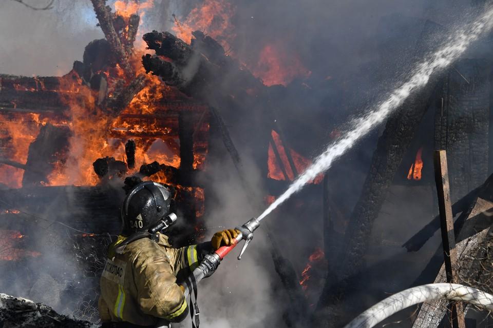 В Кузбассе погибли две женщины при пожаре