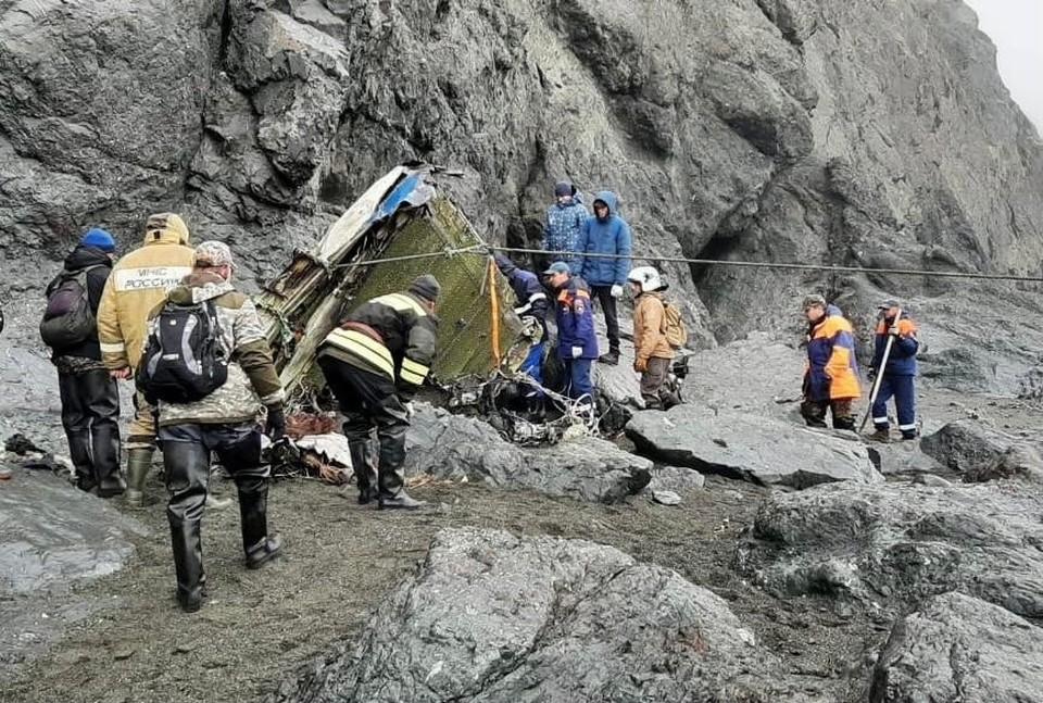 Найдены бортовые самописцы с потерпевшего крушения самолета Ан-26.