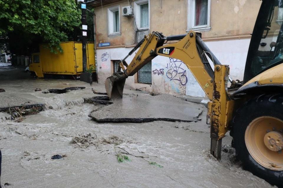 Последствия наводнений в Ялте