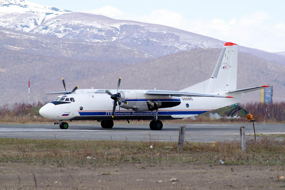 На Камчатке 6 июля разбился Ан-26, погибли 28 человек. Эта авиакатастрофа вызвала, мягко говоря, ряд вопросов к состоянию гражданской авиации в российской глубинке. Фото: Nikita Zhuravlev/wikimedia.org